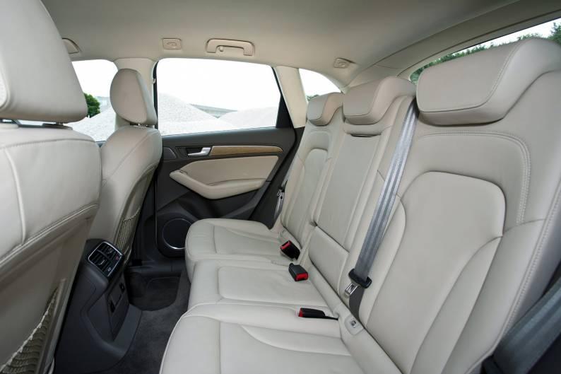 ... Audi Q5 3.0 TDI Review ...