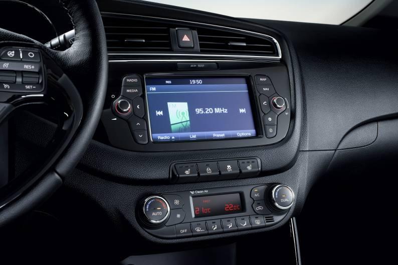 Kia cee'd (2009 - 2012) review