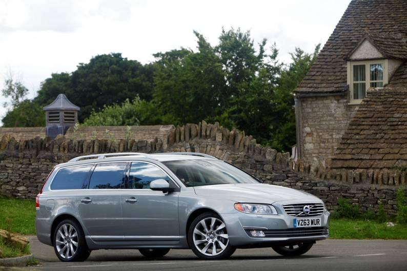 Volvo V70 review