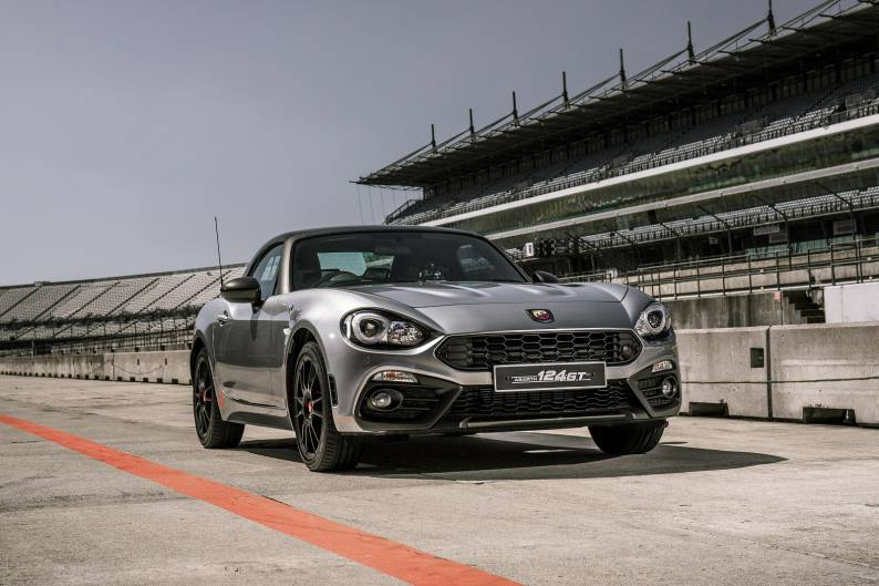 Abarth 124 Spider review | Car review | RAC Drive
