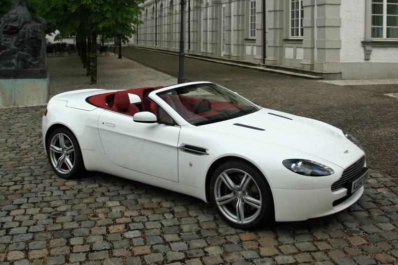Aston Martin Vantage Roadster review