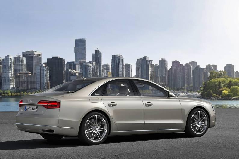 Audi A8 4.2 TDI quattro review
