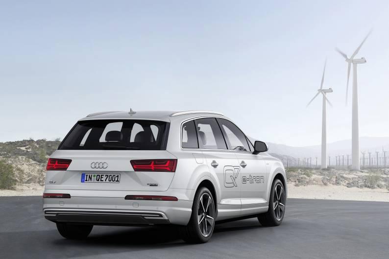 Audi Q7 e-tron 3.0 TDI quattro review