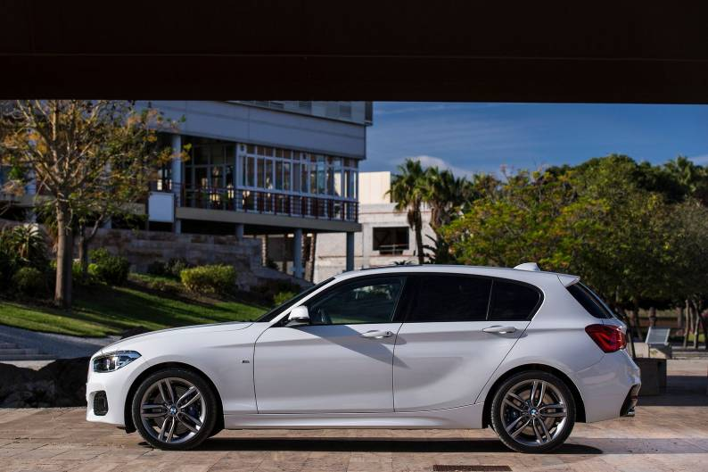 bmw 118i sports hatch review car review rac drive. Black Bedroom Furniture Sets. Home Design Ideas