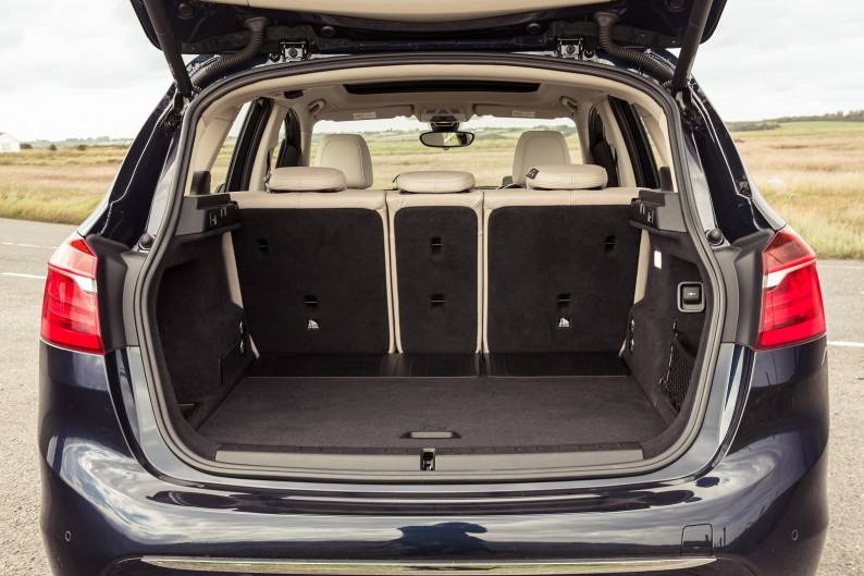 Bmw  Series Active Tour Trunk Size