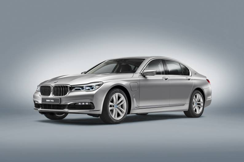 BMW 740e iPerformance review