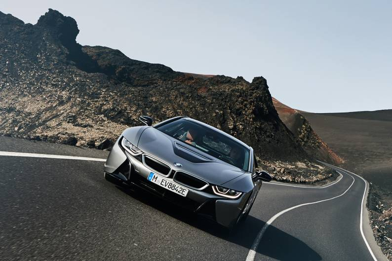 BMW i8 Coupe review
