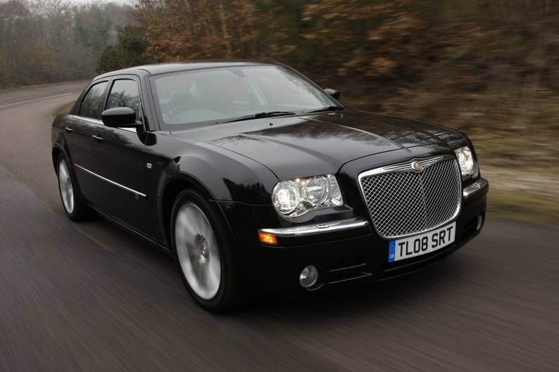 chrysler 300c 2004 2011 used car review car review. Black Bedroom Furniture Sets. Home Design Ideas