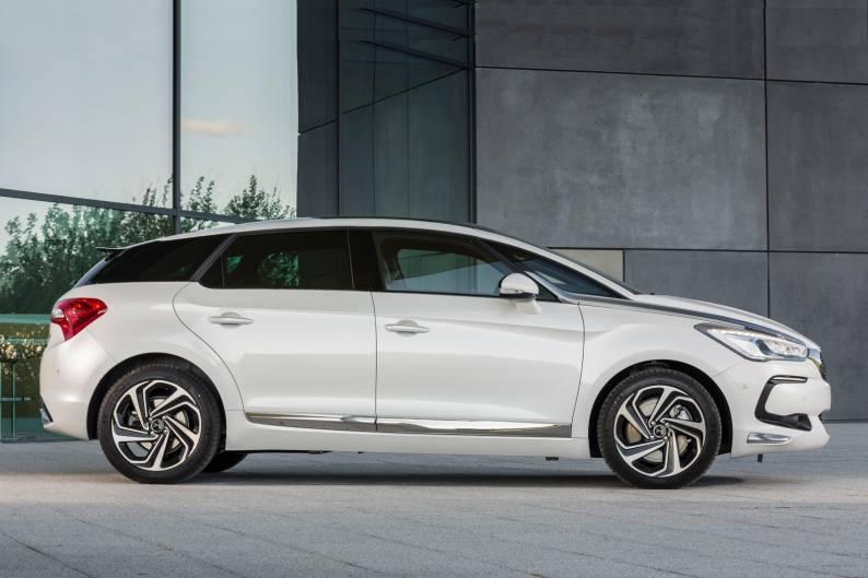 ds 5 hybrid 4x4 200 review car review rac drive. Black Bedroom Furniture Sets. Home Design Ideas