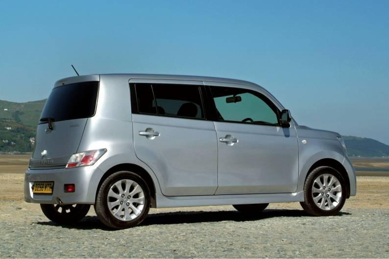 Daihatsu Materia (2009 - 2011) used car review | Car ...