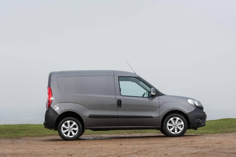 fiat doblo cargo review car review rac drive. Black Bedroom Furniture Sets. Home Design Ideas