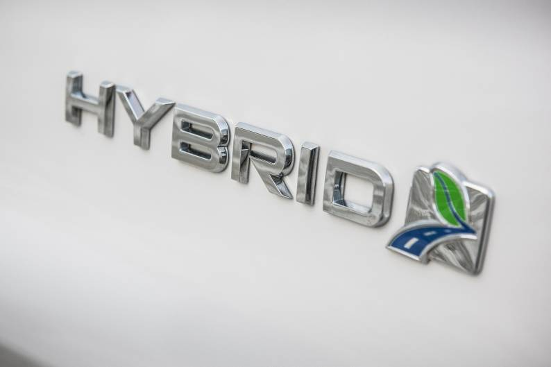 Ford Mondeo Hybrid review