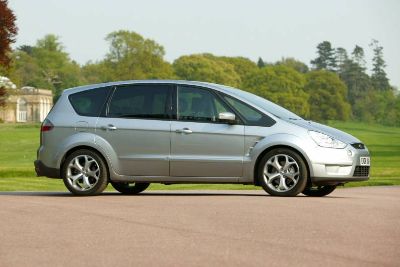Ford S-MAX (2006 - 2010) used car review