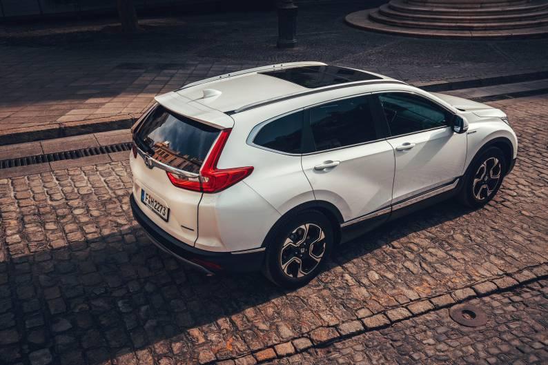 Honda CR-V Hybrid review | Car review | RAC Drive