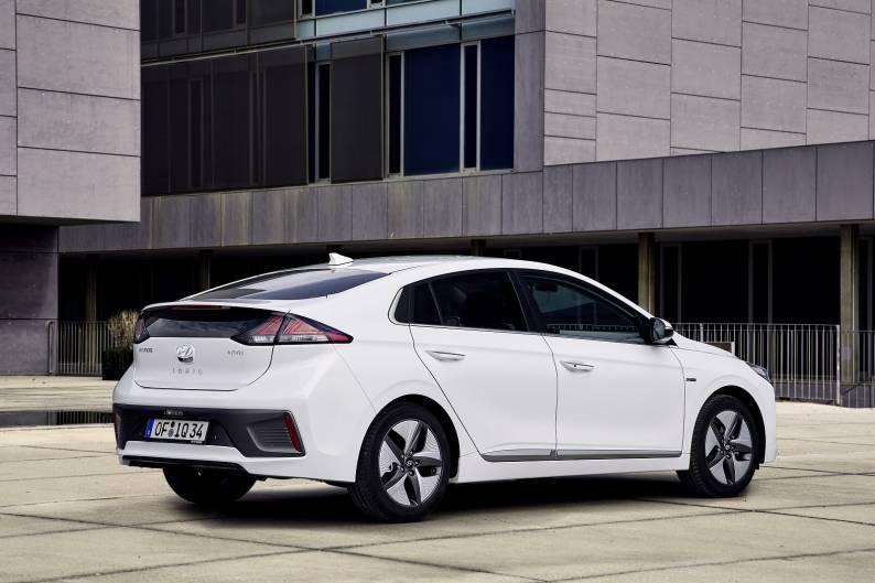 Hyundai IONIQ Hybrid review