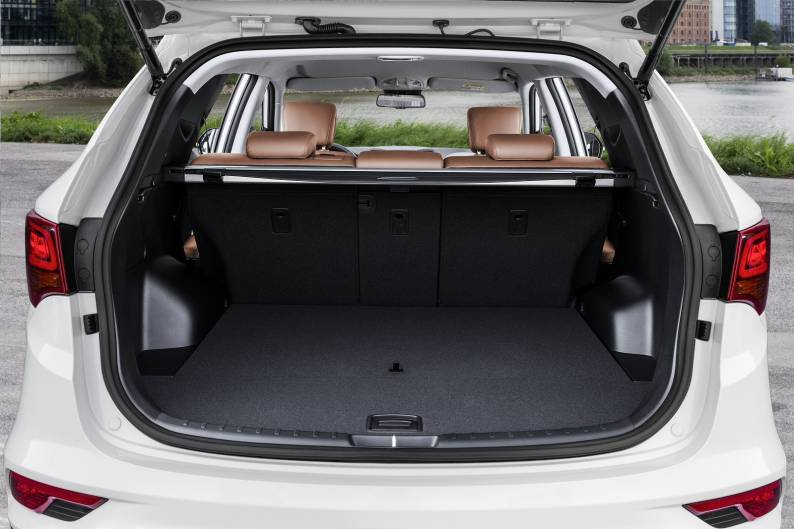 Hyundai Santa Fe Review Car Review Rac Drive