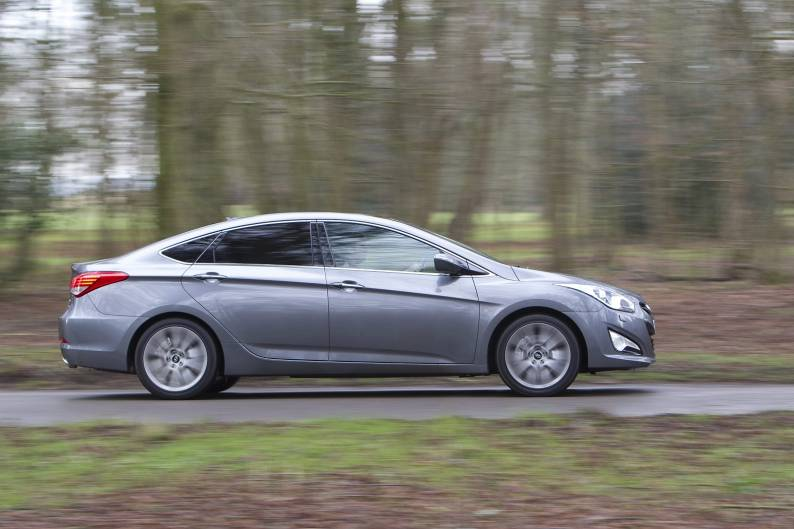hyundai i40 saloon review car review rac drive. Black Bedroom Furniture Sets. Home Design Ideas