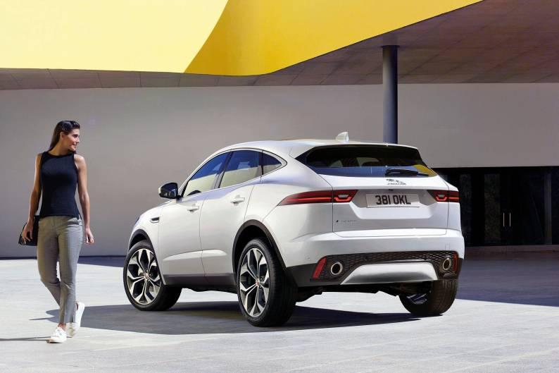 Rand Rover Evoque >> Jaguar E-PACE review | Car review | RAC Drive