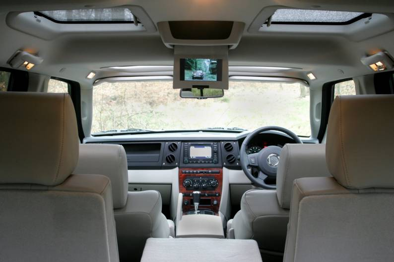 jeep commander 2006 2009 used car review car review rac drive. Black Bedroom Furniture Sets. Home Design Ideas