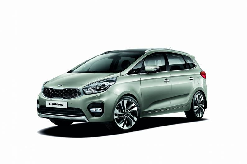Kia Carens review
