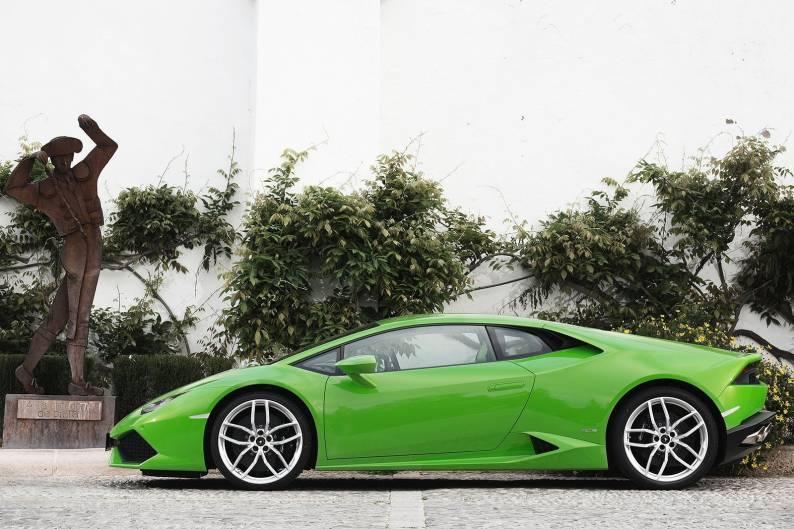 Lamborghini Huracan LP 610-4 review
