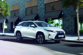 Lexus RX L review