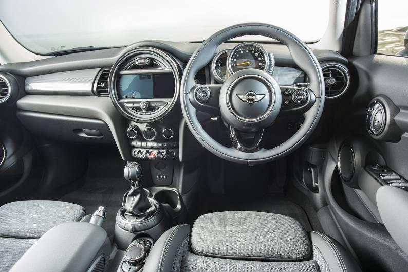 MINI 5-Door Hatch Cooper D review