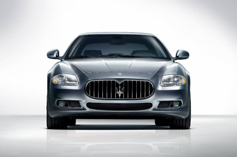 https://d1ix0byejyn2u7.cloudfront.net/drive/images/made/drive/images/remote/https_f2.caranddriving.com/images/new/large/MaseratiQuattroporte1008(3)_794_529_70.jpg