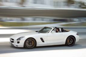 Mercedes-Benz SLS AMG Roadster (2011-2014) used car review