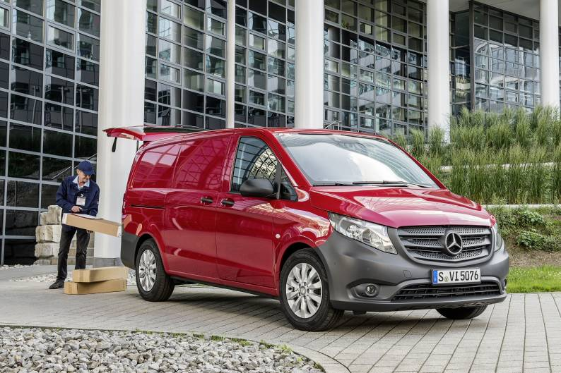 8fe442fe24 Mercedes-Benz Vito review ...