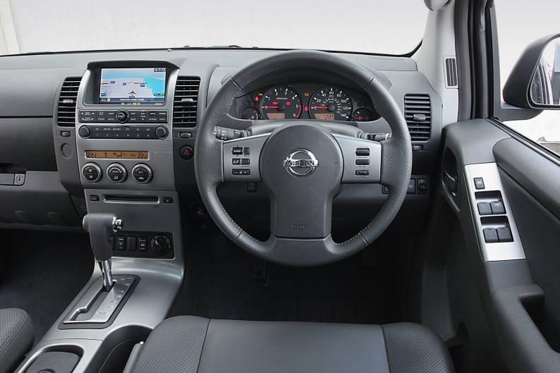 Nissan Navara pickup (2005 - 2010) used car review | Car review