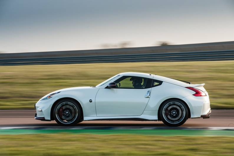 ... Nissan 370Z Nismo Review ...