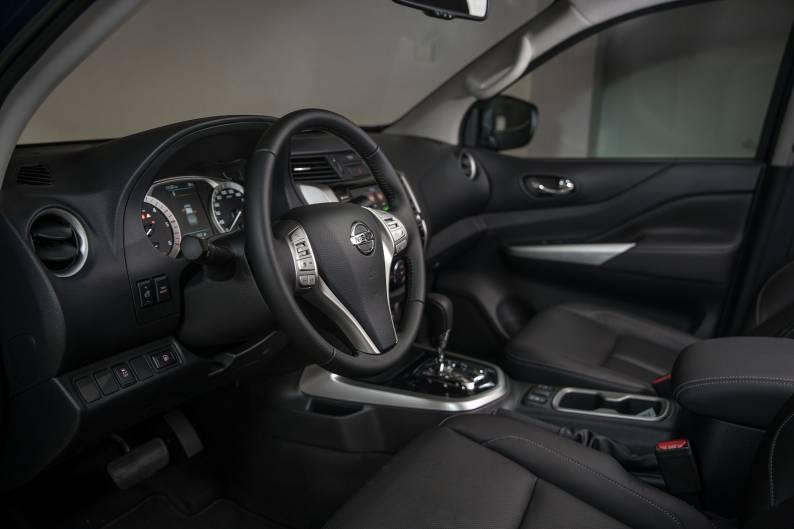 Nissan Navara review | Car review | RAC Drive