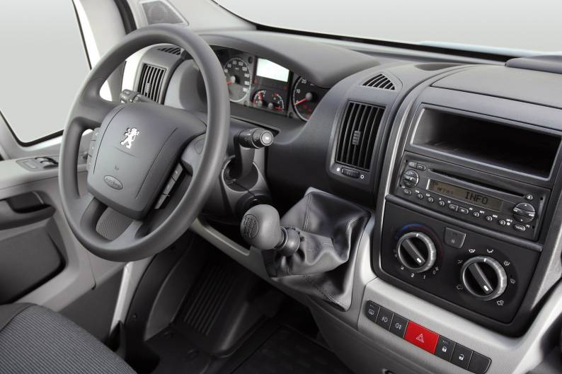 Peugeot Boxer 2006 2014 Used Car Review Car Review Rac Drive