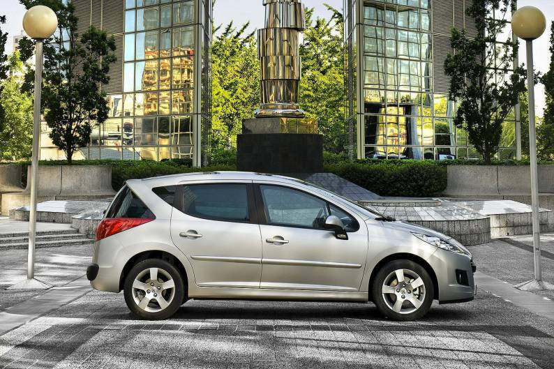 Peugeot 207 Sw 2007 2012 Used Car Review Car Review Rac Drive
