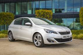 Peugeot 308 1.6 BlueHDi 100 review