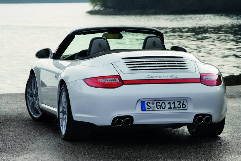 Por Carrera Cabriolet on 997 c4s porsche with rear spoiler