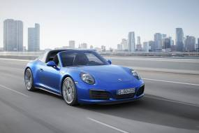 Porsche 911 Targa 4 review
