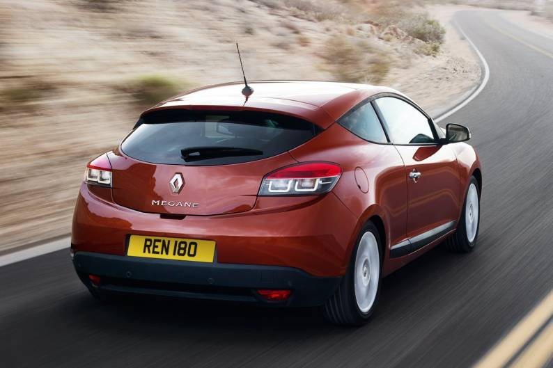 Renault Megane Coupe (2008 - 2012) used car review | Car review