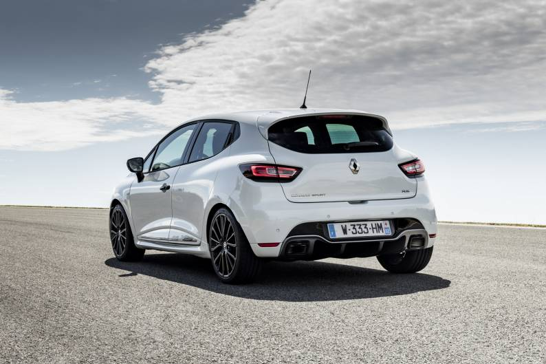 renault clio renaultsport 220 trophy review car review