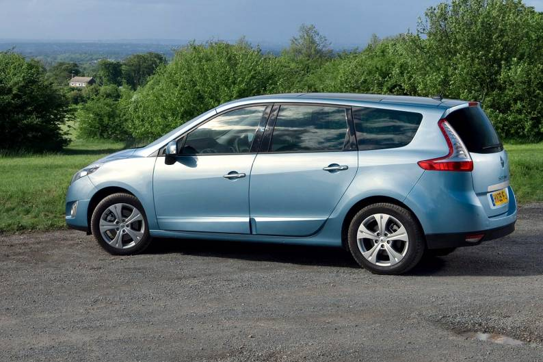 Renault Grand Scenic (2009 - 2012) used car review
