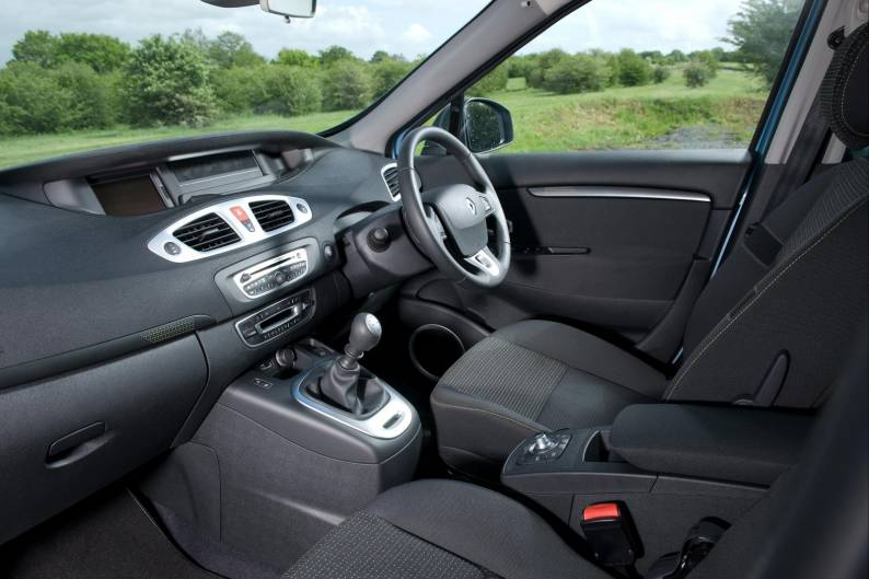 Renault Grand Scenic (2009 - 2012) used car review | Car