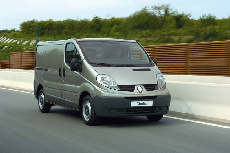 Renault trafic reviews