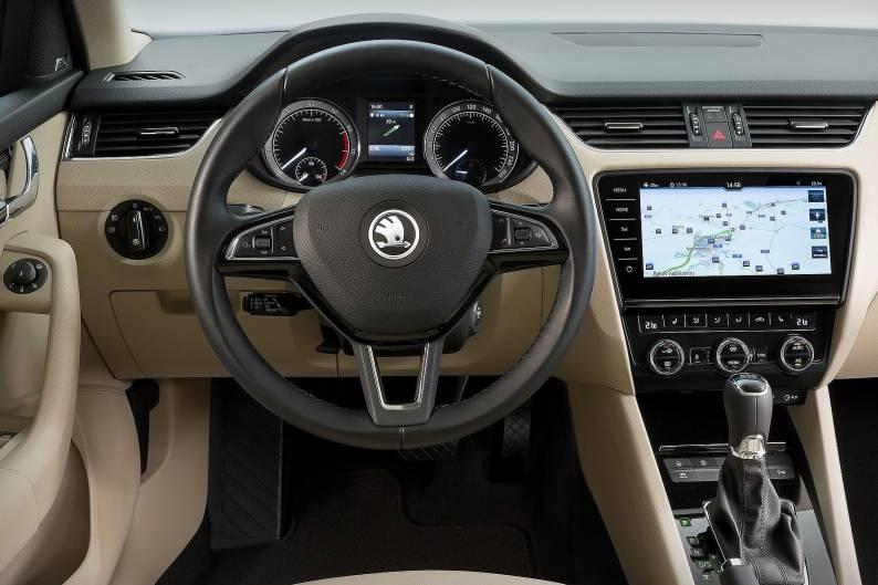 Skoda Octavia 1 6 TDI review | Car review | RAC Drive