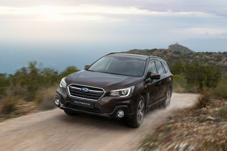 Subaru Outback review | Car review | RAC Drive