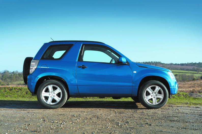 Suzuki Grand Vitara (2005 - 2009) used car review | Car