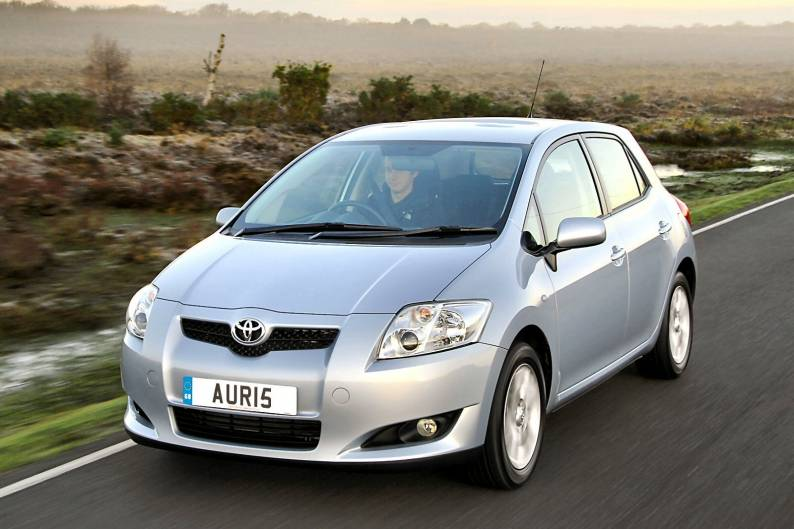 toyota auris 2007 2010 used car review car review. Black Bedroom Furniture Sets. Home Design Ideas