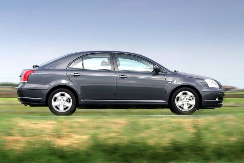 Toyota Avensis (2003 - 2009) used car review | Car review
