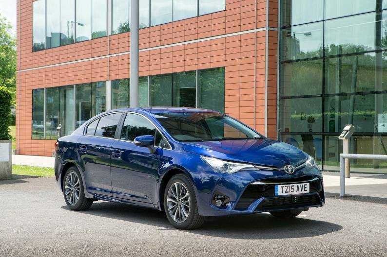 Toyota Avensis 2.0 D-4D review