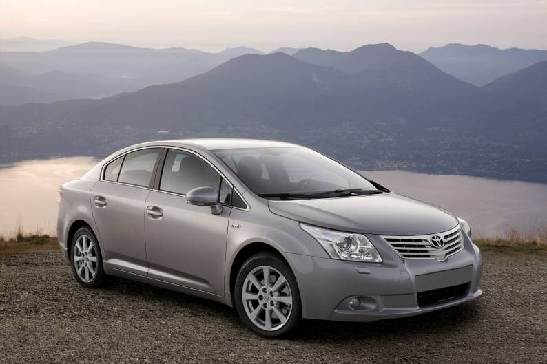 toyota avensis 2009 2011 used car review car review rac drive rh rac co uk Toyota Auris Toyota Avensis 2010